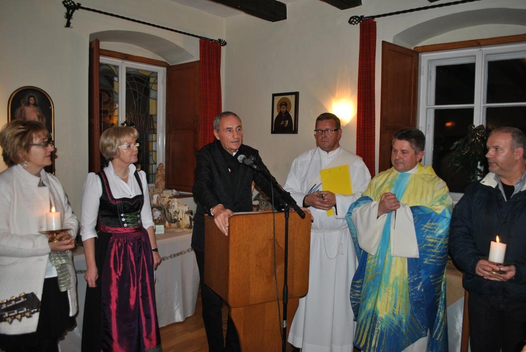Kripperlschauen im Kapuzinerkloster Hartberg 2o15 (20)