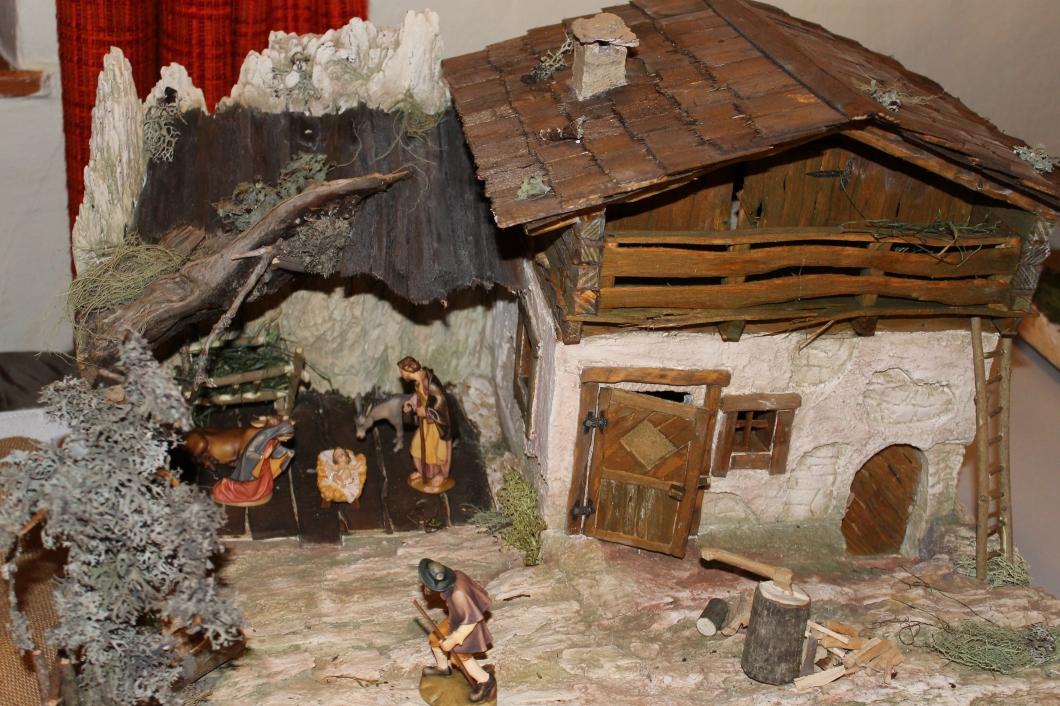 Kripperlschauen im Kapuzinerkloster Hartberg 2o15 (45)