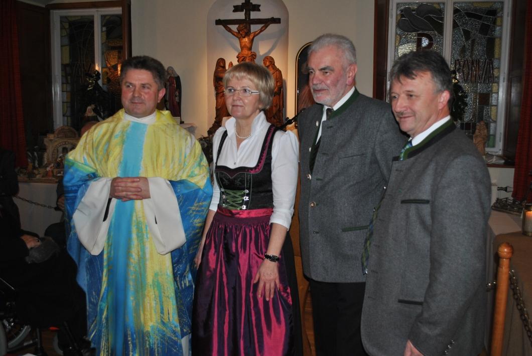 Kripperlschauen im Kapuzinerkloster Hartberg 2o15 (48)