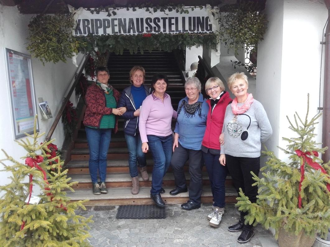 Kripperlschauen im Kapuzinerkloster Hartberg 2o15 (9)